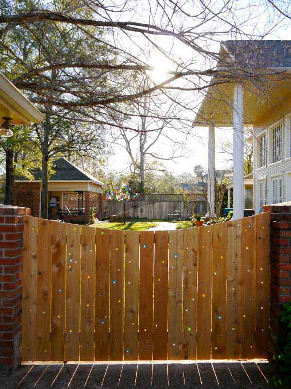 Wood and marble fence design ideas