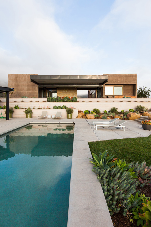 Toro Canyon House by Los Angeles studio Bestor Architecture (4)