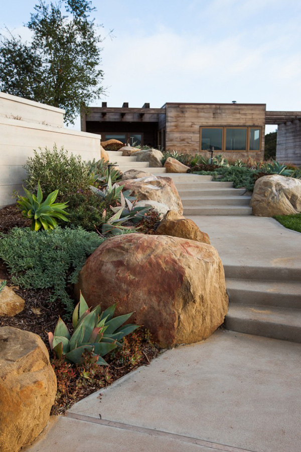 Toro Canyon House by Los Angeles studio Bestor Architecture (7)