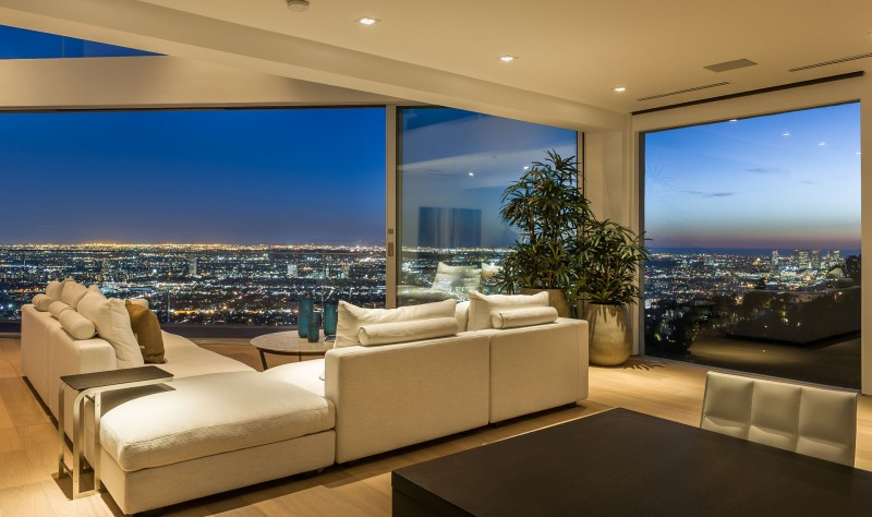 Living Room with view, Amazing Views from 8320 Grand View Drive (19)