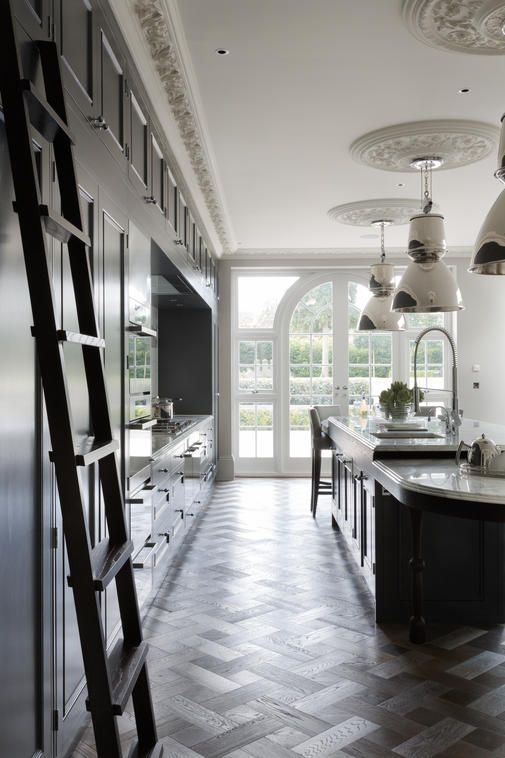 Beautiful Luxury Kitchen, Grand London Residence - Cochrane Design