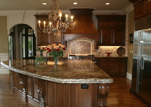 Traditional kitchen by Alex Custom Homes