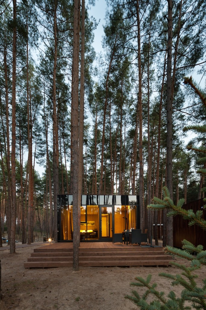 Dream Guest Houses by YOD design-lab, WOW! inviting atmosphere.