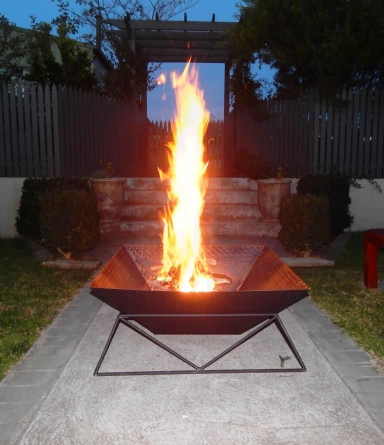 DIY Beautiful Steel Fire Pit for Your Backyard, DIY Fire Pit Ideas