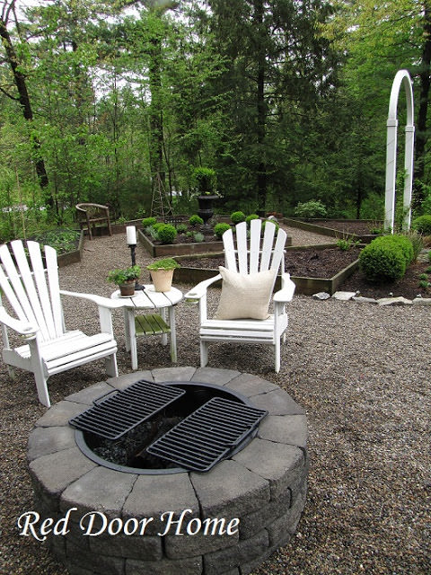 DIY Built-in Fire Pit, DIY Fire Pit Ideas