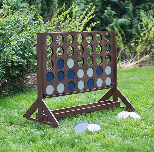 Amazing DIY Backyard Game: Four-in-a-Row, DIY Backyard Games Perfect For Summer