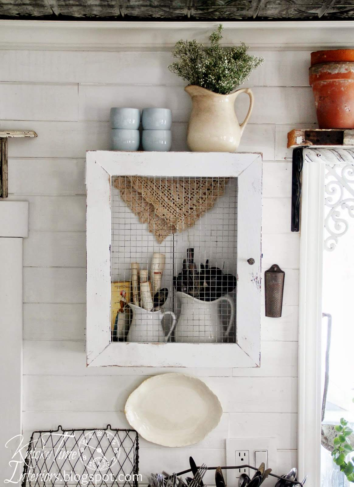 DIY Primitive Farmhouse Cabinet