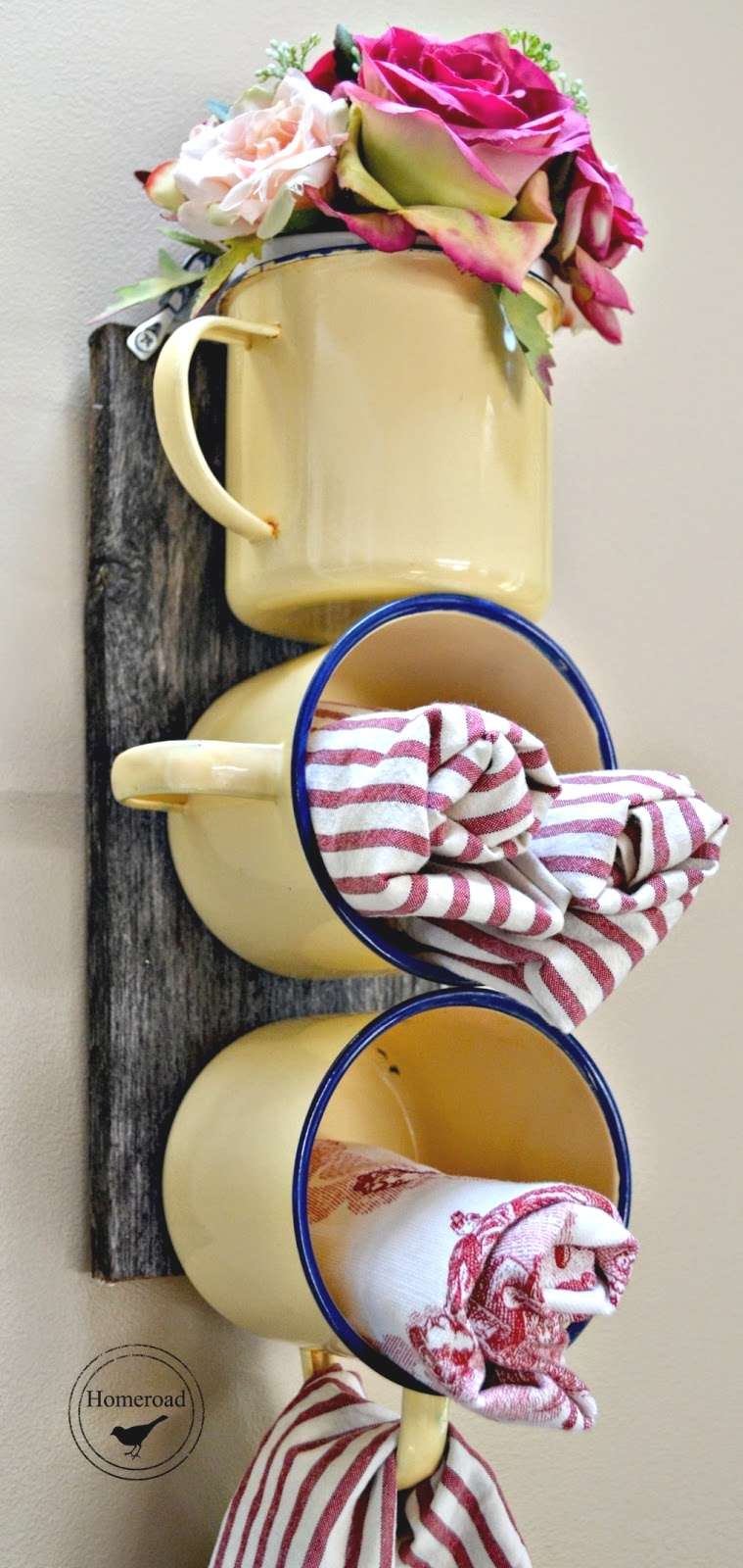 Farmhouse Wall Mounted Enamel Mug Organizer