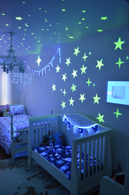 30+ Best DIY Wall Art Projects For Your Home, Glow Sticks and Stars