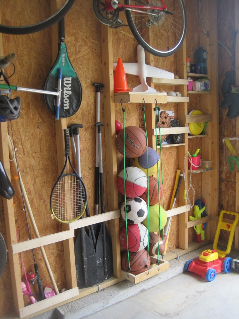 30+ BEST Garage Organization and Storage Ideas, Make Use Of The Some Extra Studs